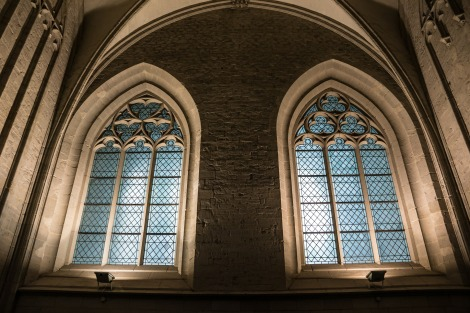 church-window-366817_1920